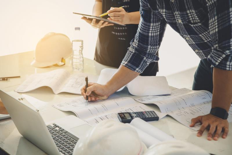 questions to ask before hiring a general contractor